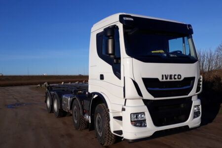 Iveco X-WAY AS340X57 8x4x4 (2+2) HMF opbygning