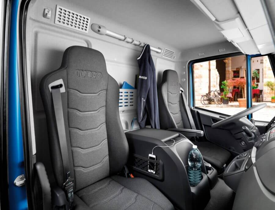 New_Eurocargo_interiors-281029-1500x1147